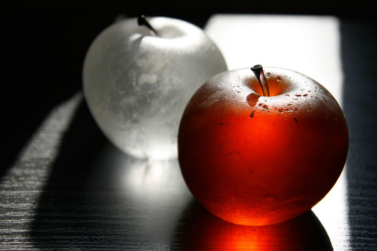 tmanzana-roja-y-blancaweb